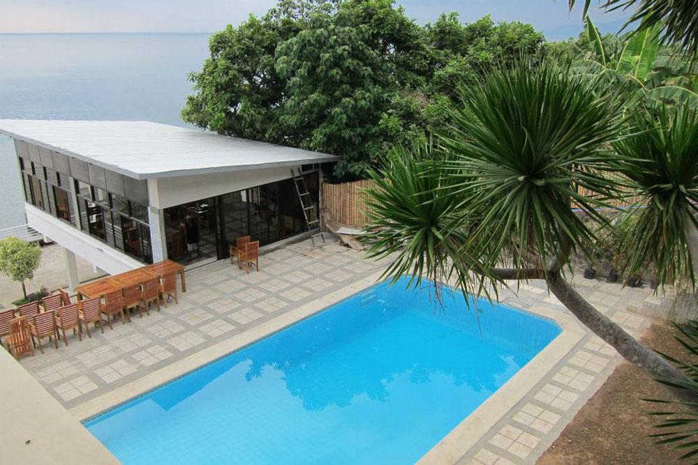 halo-anilao-dive-resort