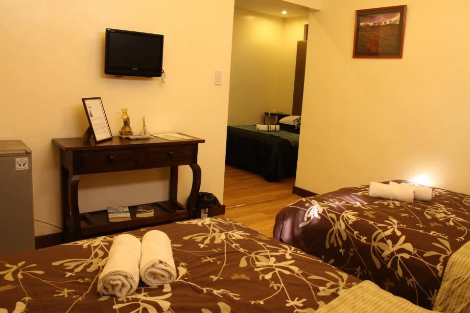 twin-pines-suites