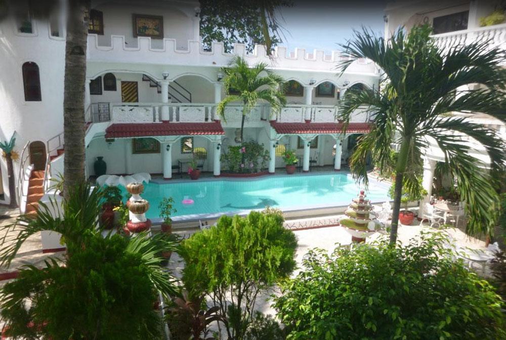 white-castle-resort-hotel